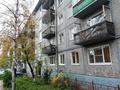 Продаю 3-комнатную квартиру,  площадью 60 м2,  в Октябрьском районе